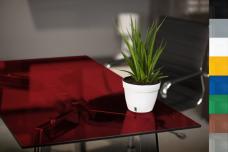 Bürotisch aus ESG Glas Lackiert