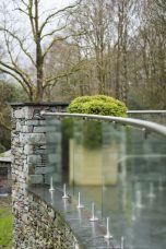 Glaszaun Montage mit Bodenglasklemmen- Sicherheitsglas